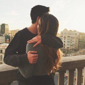 Lắng đọng cảm xúc cùng chùm stt hạnh phúc khi yêu xa