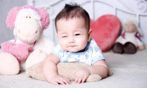Những stt dễ thương cho em bé được các mẹ chia sẻ rầm rộ
