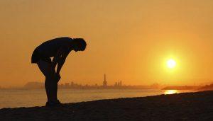 Sâu lắng trước những stt mệt mỏi chán nản chênh vênh giữa cuộc đời