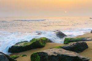 Chia sẻ chùm stt về biển lãng mạn ấn tượng nhất