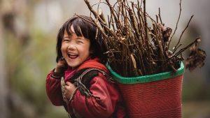 Trọn bộ những bài thơ tâm trạng vui vẻ mang đến tiếng cười sảng khoái nhất