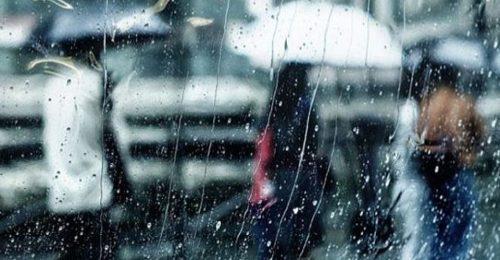 Trọn bộ những stt mưa cô đơn hấp dẫn và ấn tượng nhất