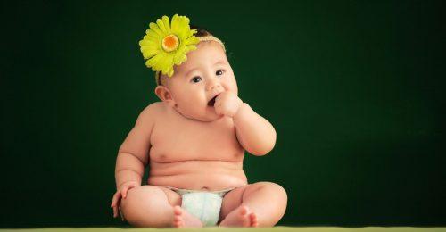 Say đắm trước những stt dễ thương về em bé được các mẹ săn đón