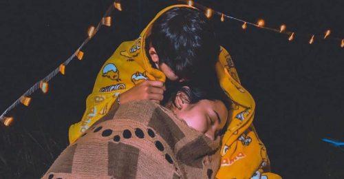 Chia sẻ những stt tâm trạng con gái khi yêu ngọt ngào sâu sắc nhất