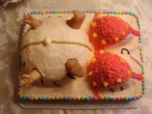 Troll bạn bè bằng những mẫu bánh kem sinh nhật có một không hai.