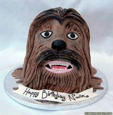Nếu bạn là người yêu thích sự hài hước, dí dỏm thì mẫu bánh kem sinh nhật này khá thích hợp với bạn.