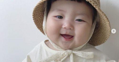 """[BỘ] Hình ảnh em bé dễ thương """"Hết Nấc"""" khiến dân mạng Phát Cuồng"""