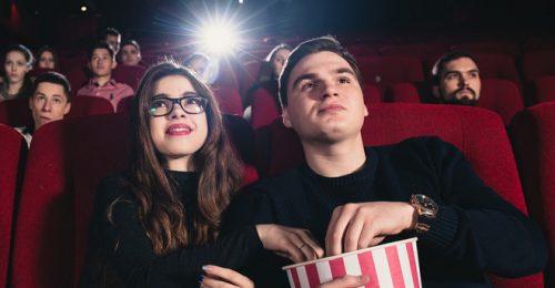 Tập hợp stt hay khi đăng ảnh đi xem phim khá thú vị