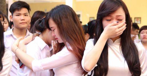 [CHÙM] stt chia tay bạn bè, thầy cô cảm động khó nói nên lời